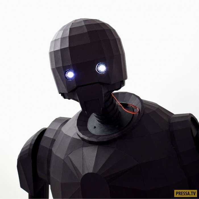 Настоящий робот из Звездных Войн из бумаги (6 фото)