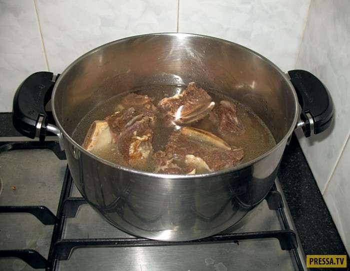 Пенка на кастрюле супа - не удаляйте ее!