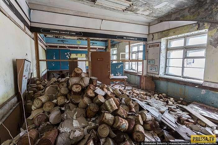 Город Гудым - секретная военная база СССР на Чукотке (14 фото)