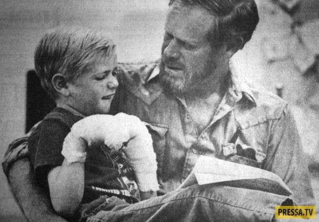 Топ 10: Уникальные случаи, когда выжили дети (10 фото)
