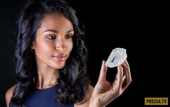 Британский ювелир Графф купил крупнейший в мире алмаз за 53 миллиона долларов (6 фото)