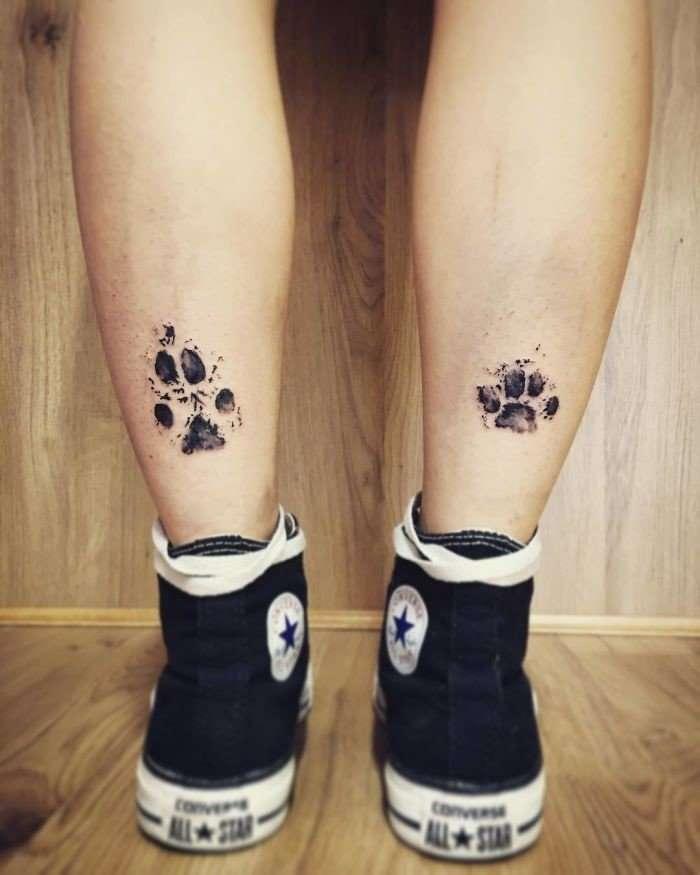 Новый тренд – татуировки лап своих собак