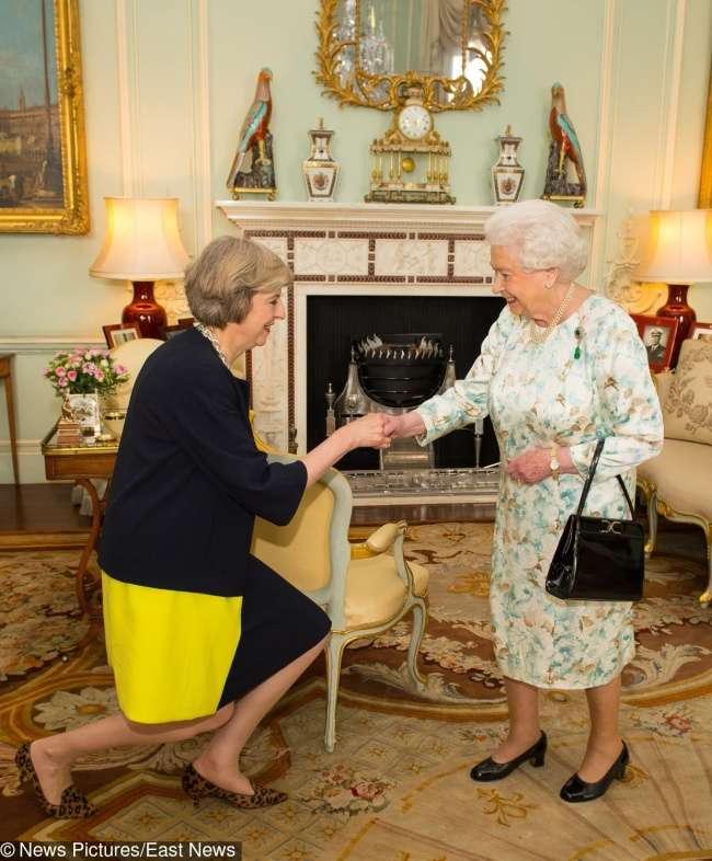 9неудобных правил, которым следует британская королевская семья