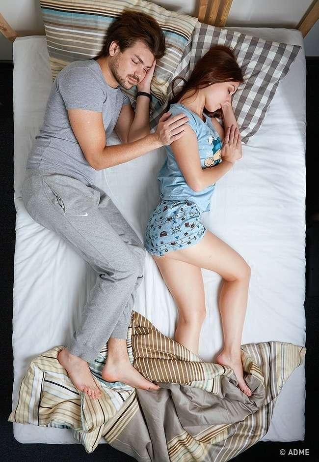Выберите позу, вкоторой выспите, чтобы узнать кое-что важное оваших отношениях