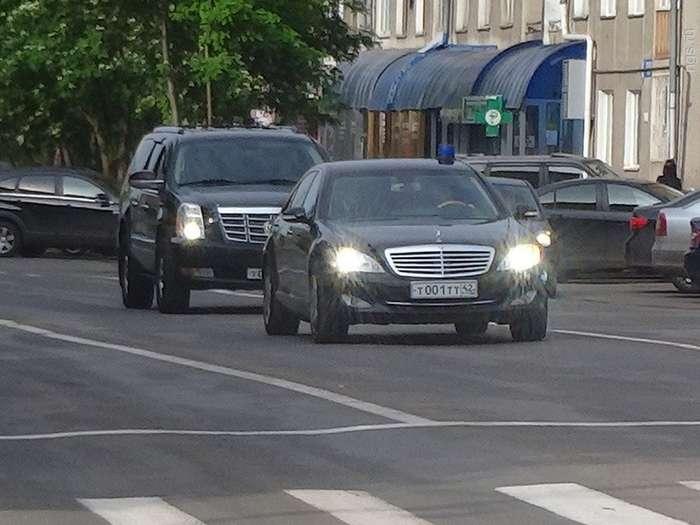 Автопродавец в Кирове запросил за -Оку- с красивыми номерами 1,5 млн рублей-4 фото-