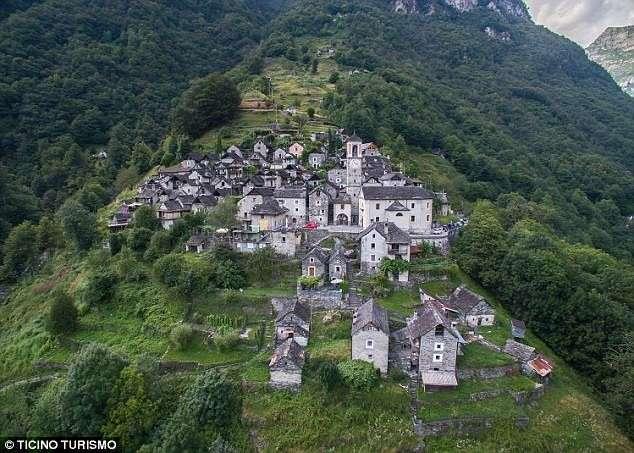 600-летняя швейцарская деревушка борется за выживание-6 фото-