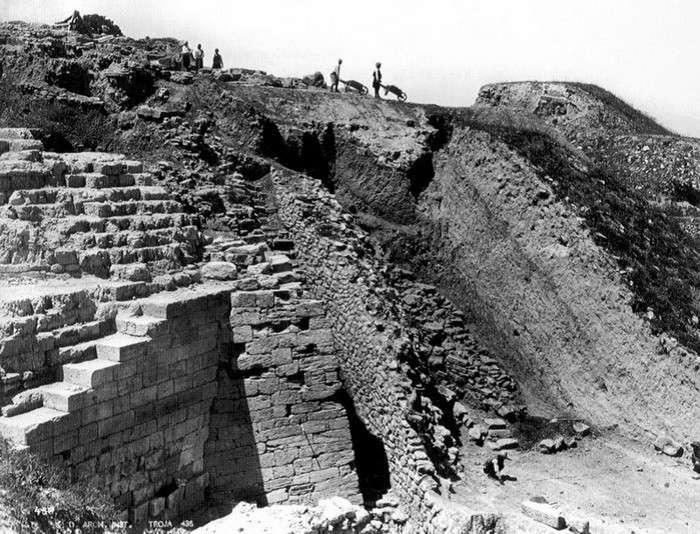 Поврежденные и уничтоженные культурные памятники-8 фото-