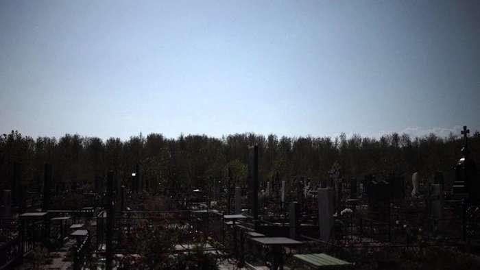 Путь через кладбище-2 фото-