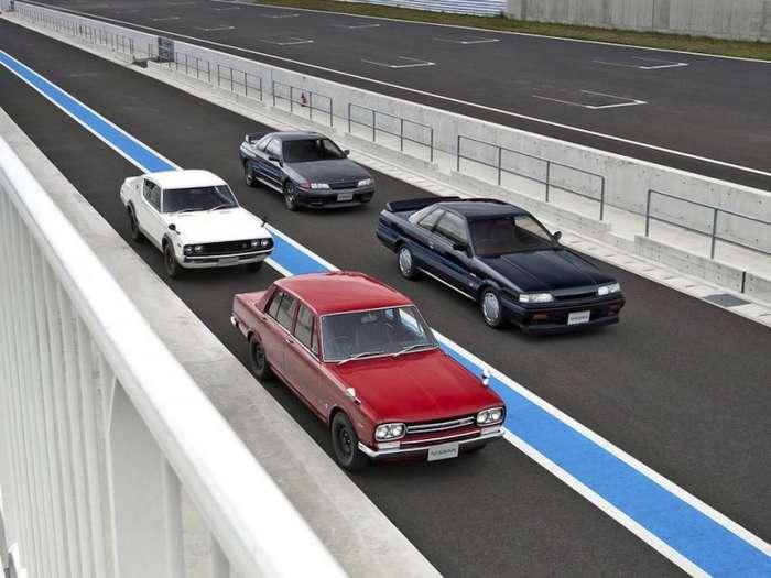 Праворульные автомобили в России-10 фото-