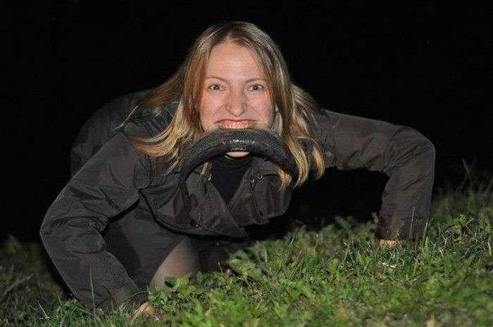 Наступает ночь, и появляются ОНИ - ночные жители российских городов-25 фото-