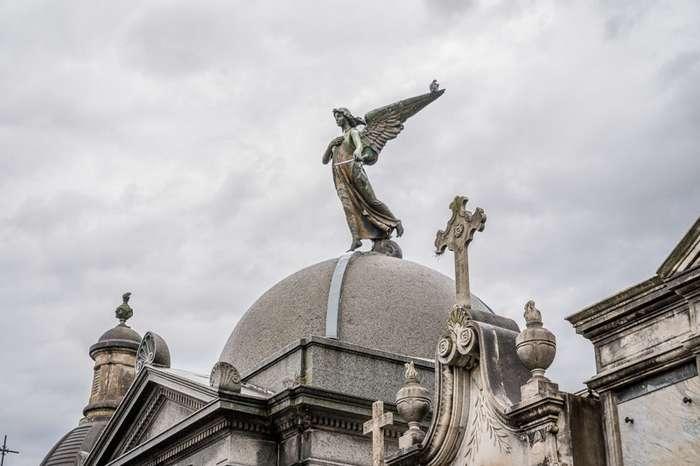 Буэнос-Айрес. Роскошь, нищета и современность-41 фото-