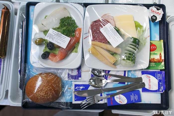Топ-10 авиакомпаний СНГ, в которых кормят вкуснее всех-11 фото-