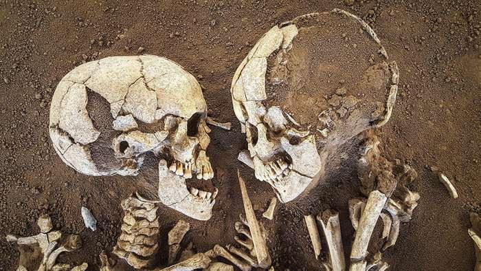 Объятия длиной 6 тысяч лет. -Влюбленные из Вальдаро-. Любовь сквозь тысячелетия? Часть 1-8 фото-