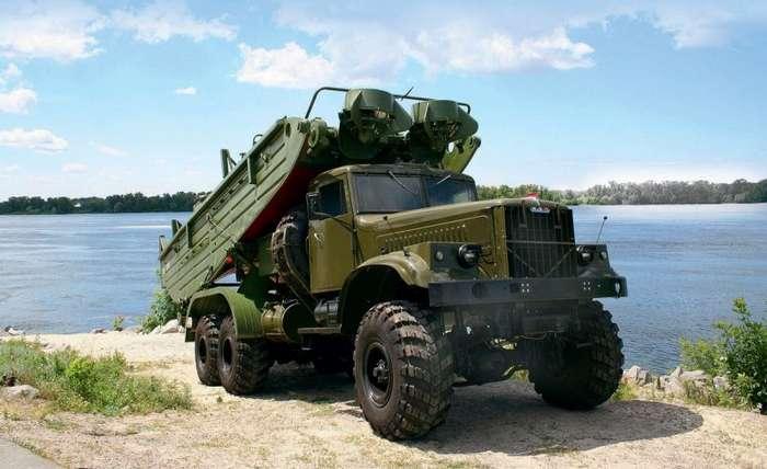 Тяжелый грузовик-вездеход КрАЗ-255Б-7 фото-