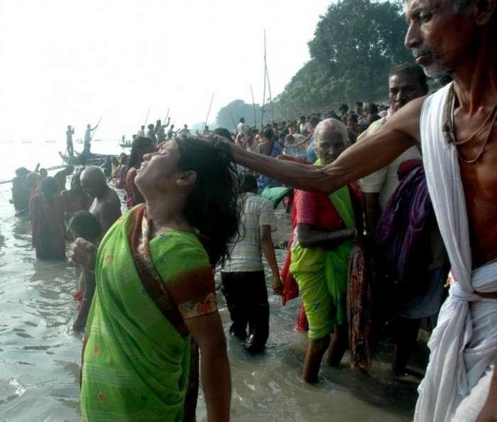 Сколько -ведьм- уже убили в Индии?-7 фото-