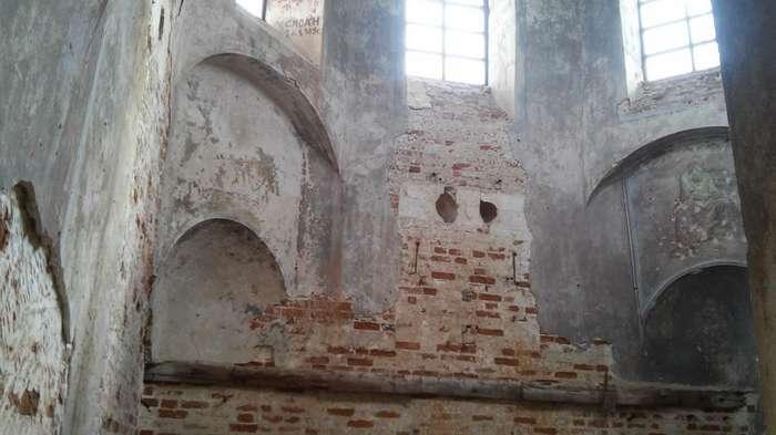Троицкая церковь-13 фото-
