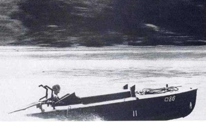 У берегов Японии нашли лодку-камикадзе времён Второй мировой войны-5 фото-