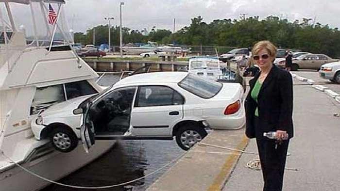 Вот что случается, когда за руль садится истинная автоледи-16 фото + 2 видео-