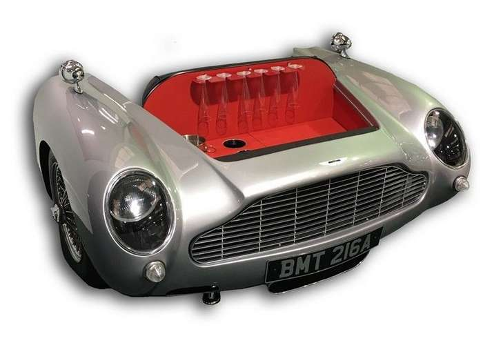 Домашний мини-бар из классического Aston Martin-4 фото-