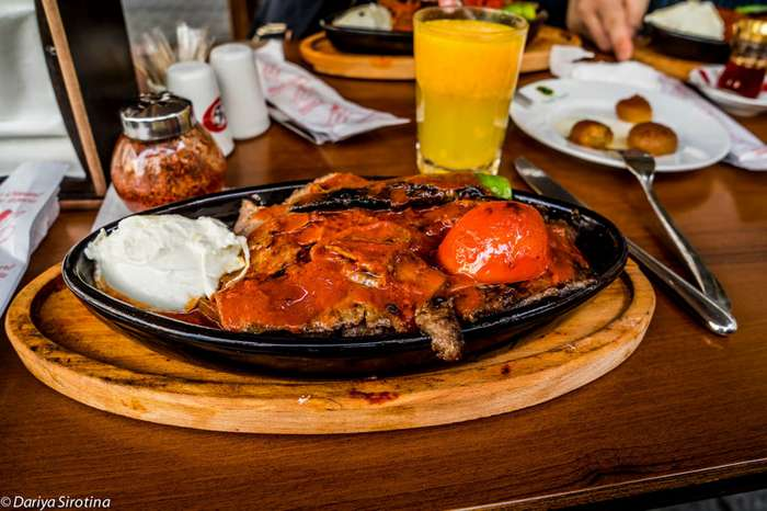 Еда в Стамбуле, уличная и ресторанная-15 фото + 1 видео-