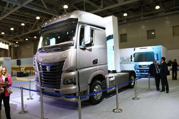 Прототип КАМАЗа следующего поколения показали в Москве-3 фото-