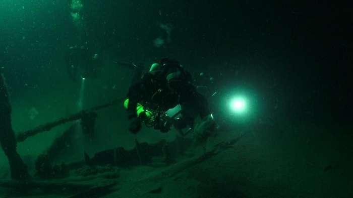 На дне Черного моря найдены десятки древних судов-7 фото-