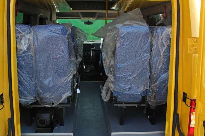 Новый микроавтобус УАЗ: первые фото-6 фото-