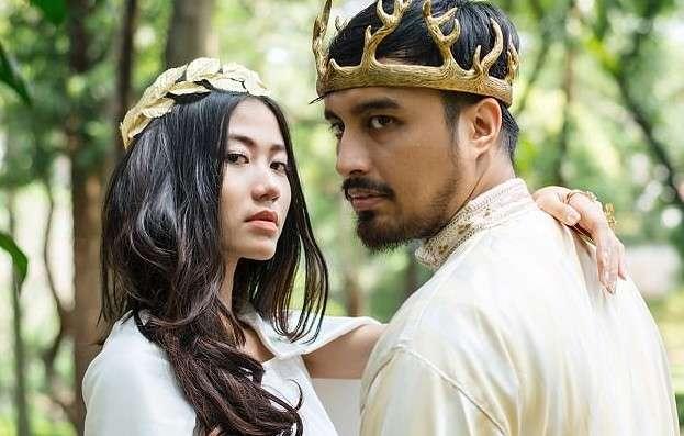 Пара фанатов -Игры престолов- сыграла свадьбу в стиле сериала-18 фото-