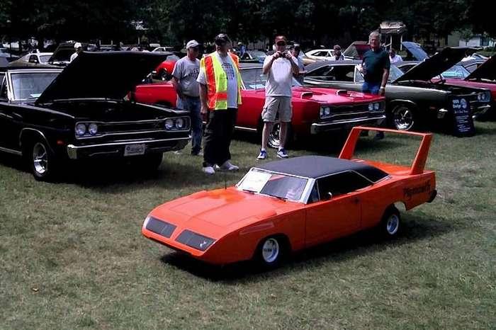 Маленькие версии больших автомобилей-15 фото-