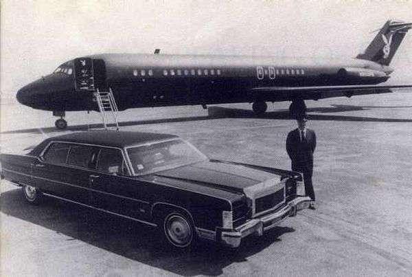 Автомобили в жизни Хью Хефнера-28 фото-