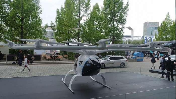 В Дубае тестируют летающее такси Volocopter 2X-7 фото + 1 видео-