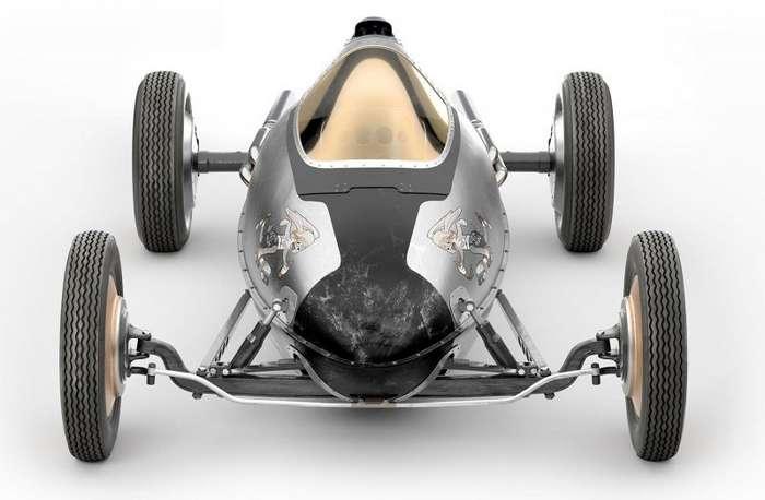 Bellytanker - винтажный гоночный автомобиль от часовой компании-10 фото-