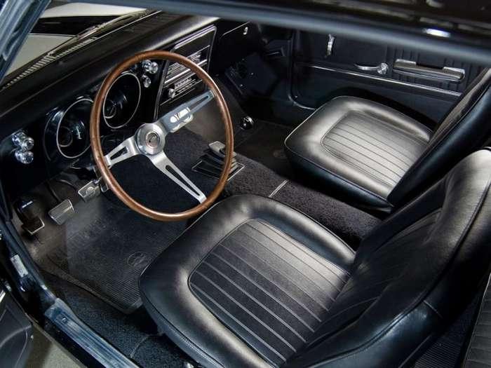 Пожиратель Мустангов: Chevrolet Camaro первого поколения-17 фото-