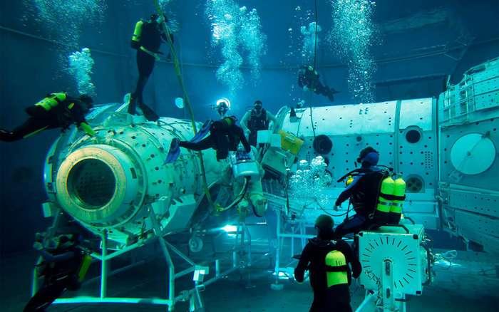 Подопытные космонавты. Участники опасных испытаний возможно получат пожизненную доплату-7 фото-