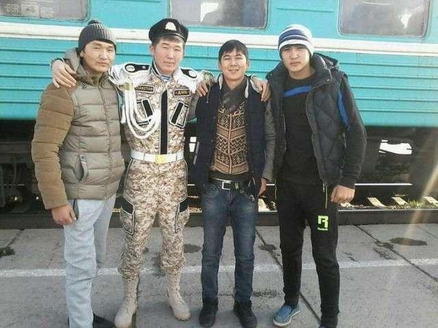 В швейных войcках Казахстана объявлен ДМБ-15 фото + 1 видео-