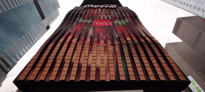 Первый в мире трёхмерный рекламный билборд Coca-Cola попал в Книгу рекордов Гиннесса