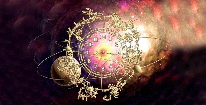 Ваше будущее на страницах глянцевых журналов. Можно ли верить гороскопам?