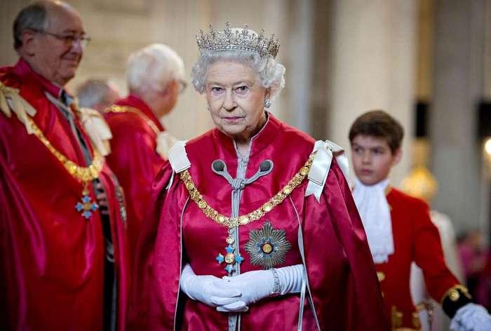 Порочность – вежливость королей. Самые необычные и отвратительные причуды европейских монархов