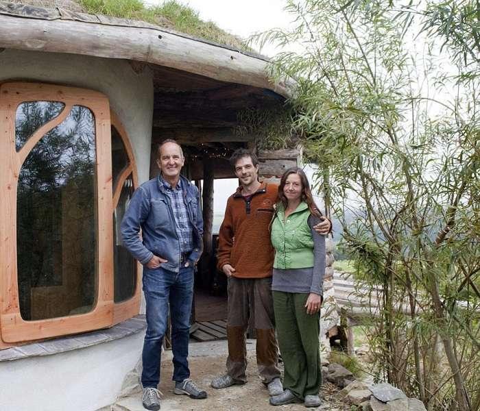 Молодая пара построила дом, не затрачивая огромные средства