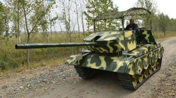 -Железный капут-: Как китайский фермер своими руками построил настоящий танк