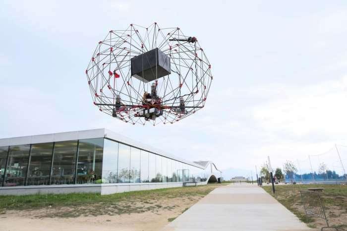 Руками трогать: энтузиасты создали безопасного дрона-курьера
