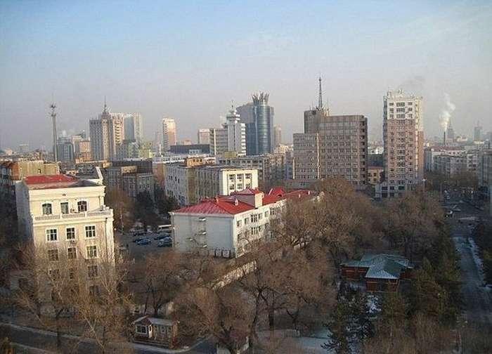 Китайский фермер полтора десятка лет изучал юриспруденцию, чтобы подать иск против химзавода (3 фото)
