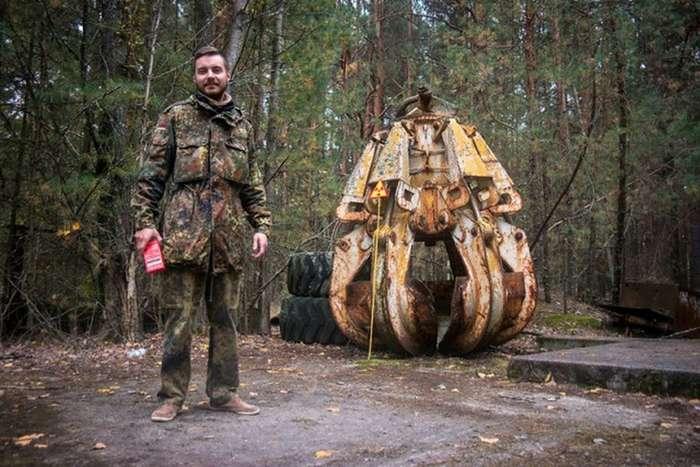 Нелегальный поход сталкеров к Чернобылю (31 фото)