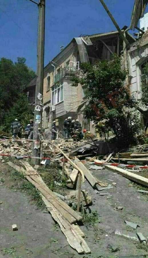 Калиновка после взрывов на военскладах (8 фото)