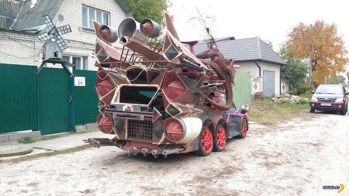 Страшная и загадочная штуковина замечена под Киевом