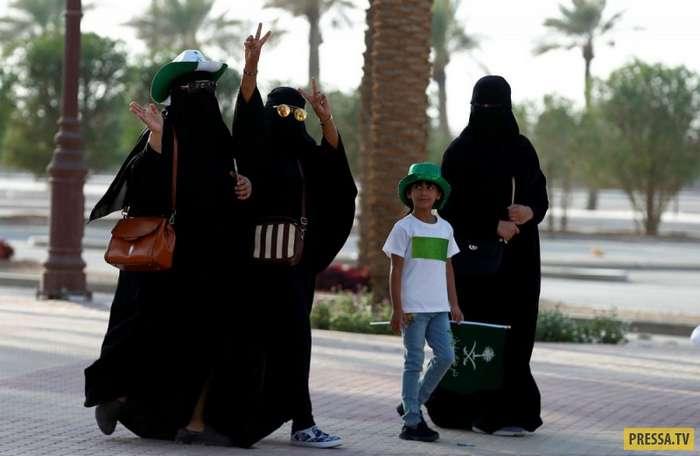Девушки из Саудовской Аравии (22 фото)