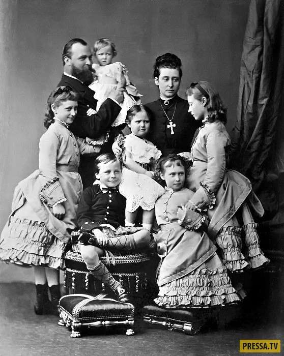 История России: Великая княгиня Елизавета Федоровна и ее мученическая смерть (13 фото)