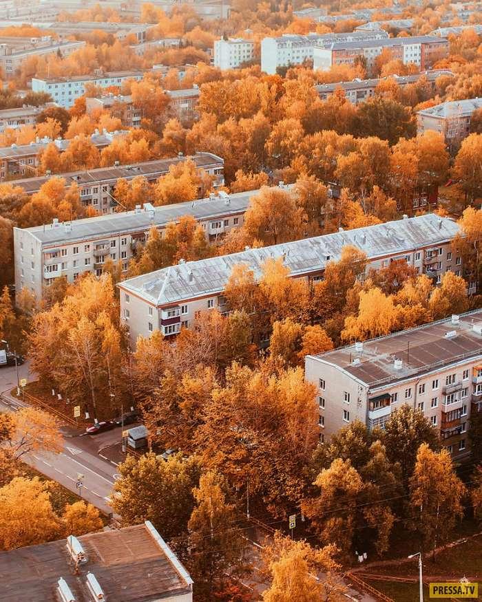 Русский фотограф путешествует по миру и делает потрясающие осенние фотосессии! (30 фото)