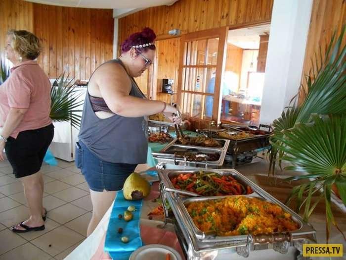 Первый отель для полных людей на Карибских островах (21 фото)
