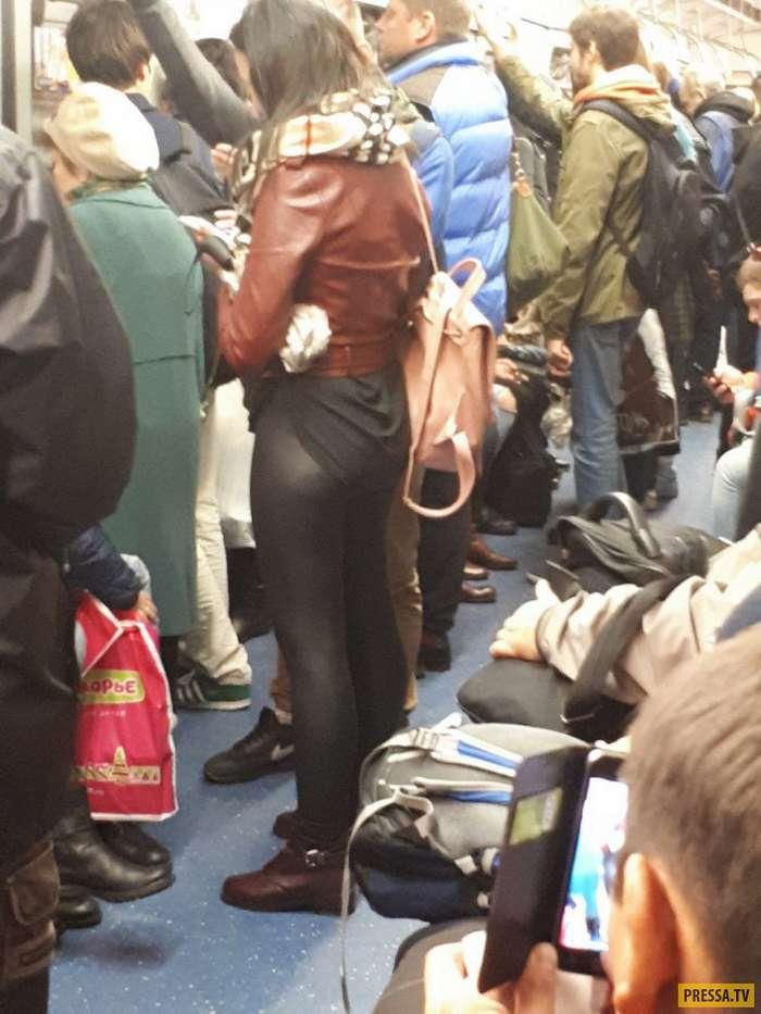 Забавные и странные люди из метро (35 фото)